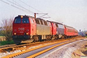 DSB MZ 1408+MZ 1428 med IP 273 Fa-Flb. Rødekro 01.05.1995.