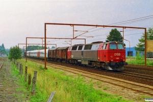 DSB MZ 1419+Gs+Gs+ER 17+Gs+Gs som G 8848 Rd-Hgl. Odense 06.09.1995.