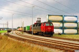 DSB MZ 1425 rangerer med GK 7309 Pa-Fa. Taulov 24.09.1995.