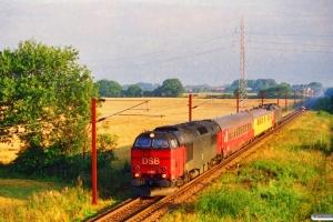 DSB MZ 1457+Målevogn 003+001+ME 1530 som M 8218 Kd-Oj. Km 45,0 Fa (Farris-Sommersted) 03.09.1996.