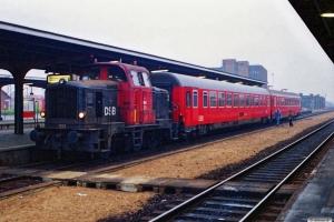 DSB MH 321+Ckm 602+Ckm 601. Vognene var ankommet bagpå IC 107, og skulle bruges if. med TV 2 valgtog. Odense 04.11.1989.