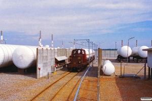 DSB MT 167 rangerer ved Dalsø Gas. Løgstør 26.05.1995.