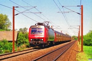 DSB EA 3014 med Re 2145 Kk-Kø. Km 36,2 Kh (Roskilde-Viby Sj) 14.05.1994.