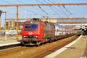 DSB EA 3007+8 SBB vogne som M 8357 Kh-Fa. Odense 05.09.1999.