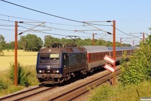 DSB EA 3010 med CN 19575 Kh-Pa. Km 154,6 Kh (Marslev-Odense) 20.07.2013.