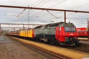 DSB ADns+Bn+Bn-v+Bn-n+Bn+BDan+BDan+BD+målevogn 002+ME 1515 er netop ankommet fra Marslev. Kørsel i sporspærring Marslev-Odense. Odense 02.05.1991.