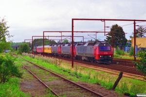 DSB ME 1530+EA 3014+EA 3009+Målevogn 001+003+MZ 1457 som M 6428 Kd-Gb. Odense 04.09.1996.