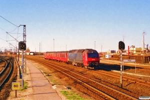 DSB ABns+Bn+ME 1504 som RØ 2450 Næ-Ro. Køge 25.04.1997.