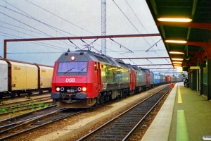 DSB ME 1536+ME 1530+EA 3020 med GD 841722 Od-Gb. Odense 03.08.1997.