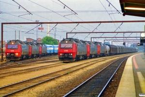 DSB ME 1536+ME 1530+EA 3020 med GD 841722 Od-Gb og ME 1514+ME 1501+EA 3008 med GD 840291 Pa-Gb. Odense 03.08.1997.