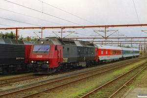 DSB ME 1536+DB ARmh+Bim+Bimdz som IP 2185 Fa-Pa. Padborg 04.11.2001.