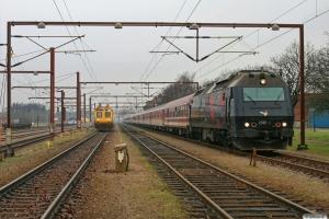 DSB ME 1533 rangerer med Skiløber vogne. Padborg 06.02.2009.