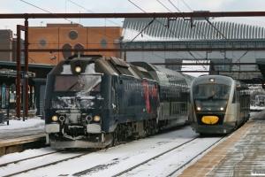 DSB ME 1534 med IR 1643 Kh-Ar og MQ 21. Odense 30.01.2010.