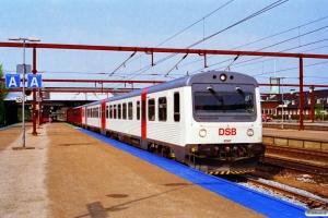 DSB MR/D 67+MR/D 60 som RV 3152 Ar-Ngf. Fredericia 13.05.1996.