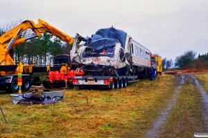DSB MR 4043. RV 3705 Fa-Str (4202+4002) kørte ind i holdende RV 3712 Hr-Fa (MR 4043+4243). Kølkær 02.03.2000.