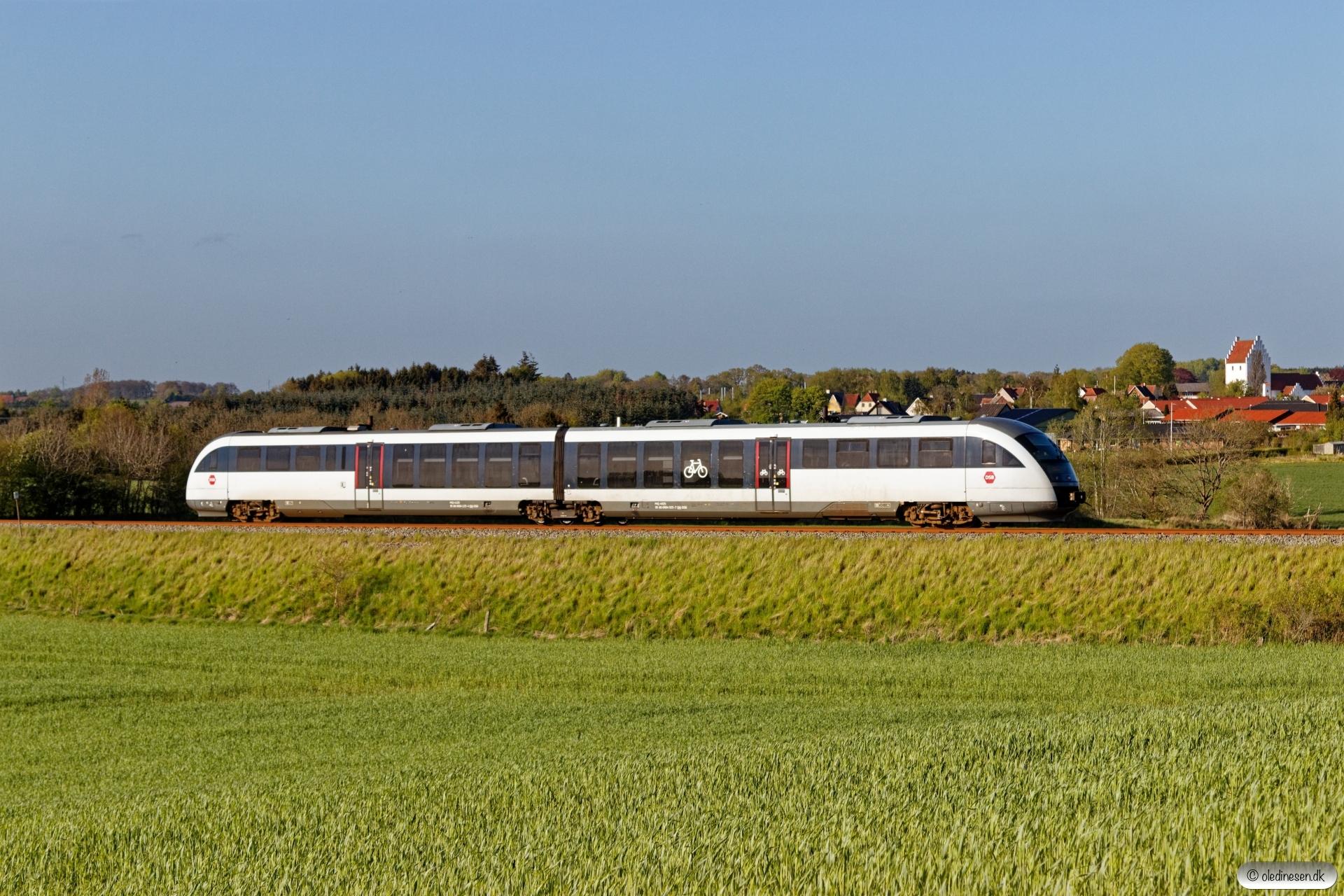 DSB MQ 25 som RV 4660 Svg-Od. Km 38,4 Od (Stenstrup Syd-Svendborg Vest) 07.05.2020.