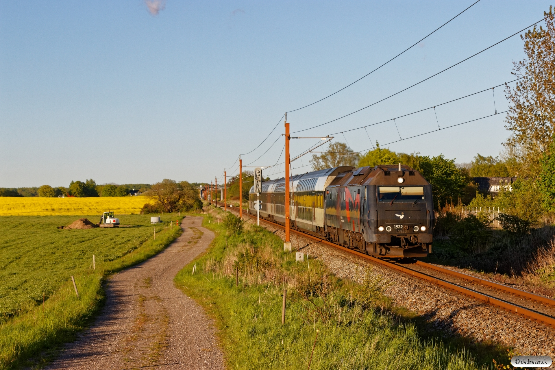 DSB ME 1522 med RØ 4873 Kj-Nf. Holme-Olstrup 13.05.2020.