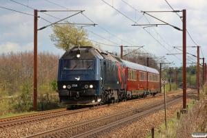 DSB ME 1516+S 001+WRm 603 som EP 6475 Kh-Ar. Km 155,4 Kh (Marslev-Odense) 11.04.2014.
