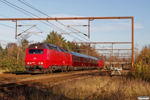 DSB ME 1514+S 001+WRm 603+ME 1521 som EP 8301 Kh-Sl. Km 162,2 Kh (Odense-Holmstrup) 25.11.2017.