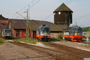 HCTOR 241.002, 242.503 og 161.106. Hallsberg 27.08.2011.