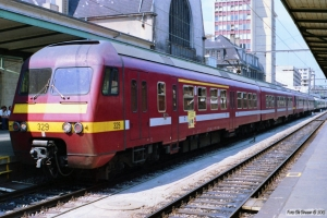 SNCB 329+304. Luxemburg 12.07.1989.