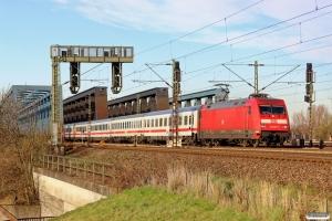 DB 101 027-1 med IC 2377. Hamburg Süderelbbrucke 20.03.2014.