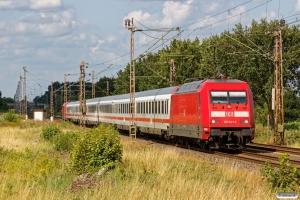 DB 101 041-2+7 personvogne+101 093-3 som IC 2251. Dörverden - Eystrup 14.08.2019.