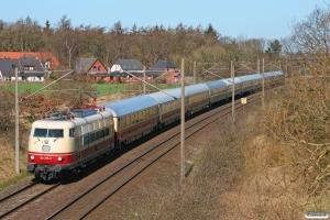 DB 103 235-8 med IC 2417. Flensburg-Weiche 25.03.2012.
