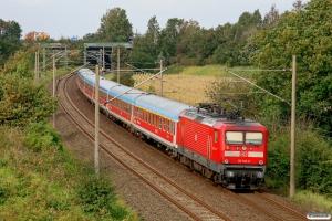 DB 112 140-9 med RE 21066. Flensburg-Weiche 24.09.2011.