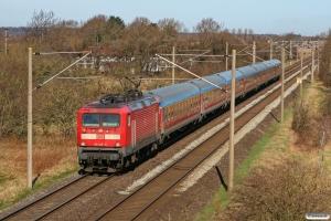 DB 112 142-5 med RE 21071. Flensburg-Weiche - Tarp 25.03.2012.