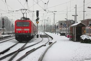 DB 143 661-7 med RB 12571. Neuwied 24.01.2015.