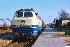 DB 218 167-5 med E 4064. Büchen 31.03.1990.