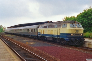 DB 218 177-4 med RB 5759. Husum 15.06.1991.