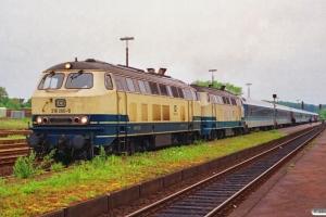DB 218 260-8+218 460-4 med IR 2179. Schleswig 15.06.1991.