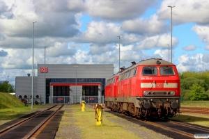 DB 218 313-5 og 218 345-7. Niebüll 30.05.2015.
