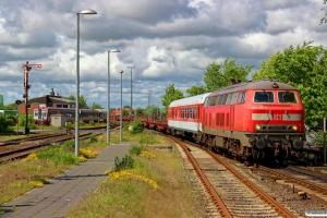 DB 218 315-0 med AS 1441. Niebüll 30.05.2015.