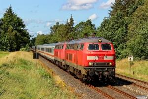 DB 218 321-8+218 381-2 med IC 2073. Langenhorn - Bredstedt 18.07.2015.