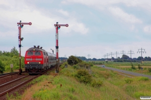 DB 218 344-0+218 321-8 med IC 2074. Keitum 28.06.2014.