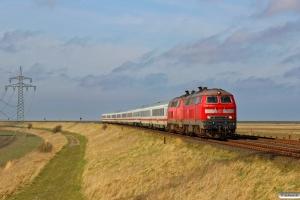 DB 218 345-7+218 340-8 med IC 2315. Morsum - Klanxbüll 26.03.2016.