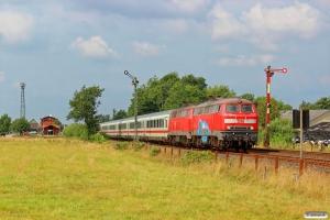 DB 218 359-8+218 372-1 med IC 2073. Langenhorn 03.08.2014.