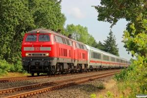 DB 218 371-3+218 363-0 med IC 2310. Langenhorn 03.08.2014.