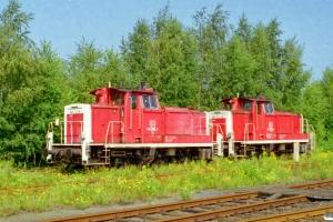 DB 360 257-0 og 360 264-6 hensat. Hamburg-Wilhelmsburg 13.08.2000.