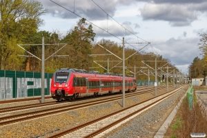 DB 442 330+442 830 som RE 91914. Rangsdorf 14.04.2017.