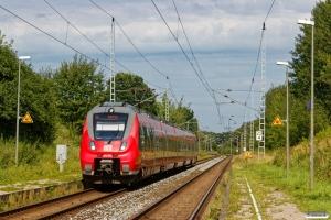 DB 442 852+442 352 som S 33419. Papendorf 15.08.2017.
