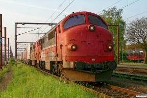 CFLCD MX 1029+MX 1008 rangerer med TXL vogne til DGS 43883. Padborg 02.05.2009.