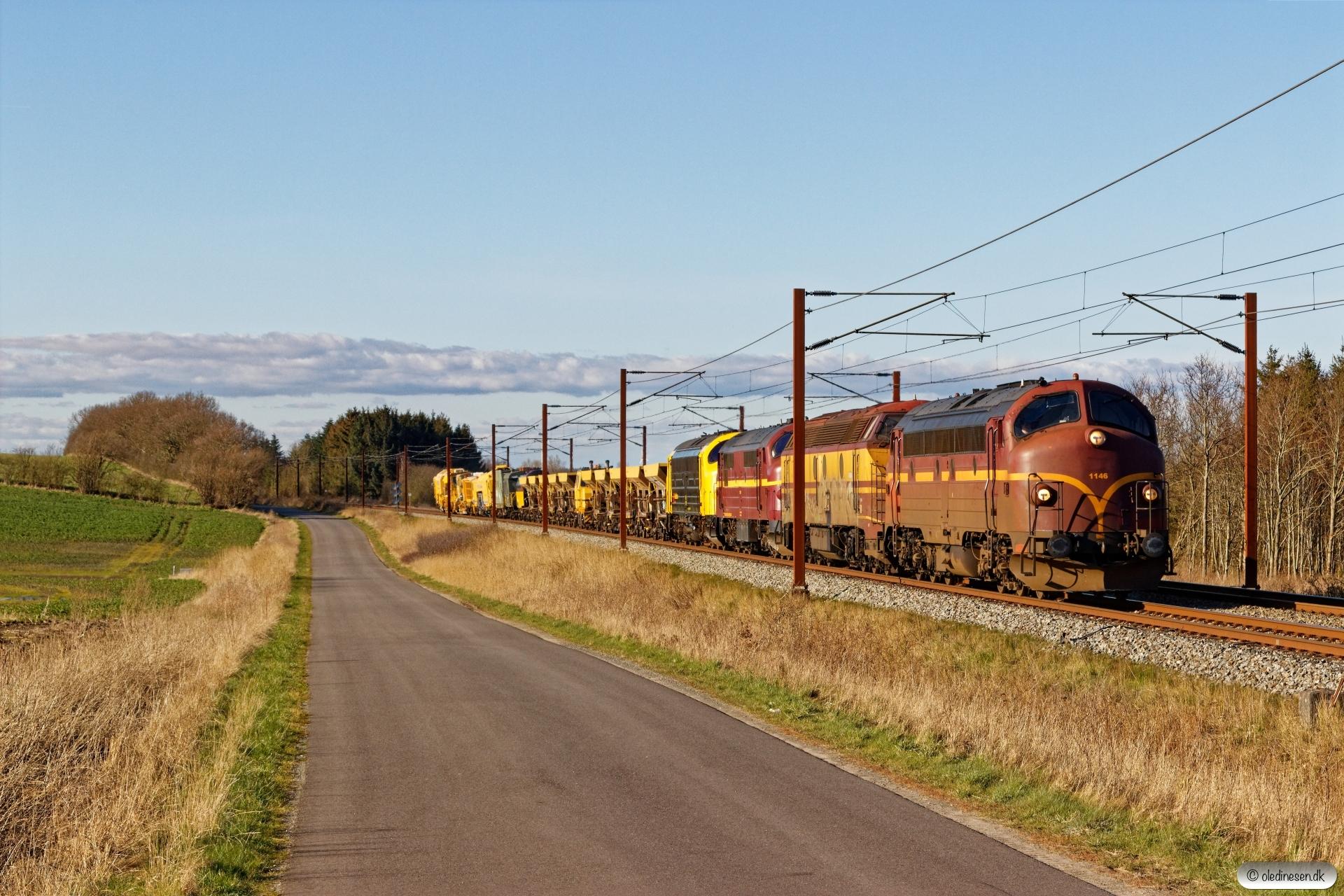 CFLCD MY 1146+CFLCA 1805+CFLCD MX 1029+RSEJ MY 1159 med CB 6122 Pa-Sg. Km 195,4 Kh (Ejby-Nørre Åby) 21.03.2020.