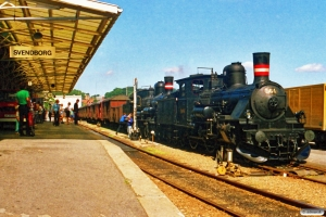 DSB K 564+D 826 med P 6165 Svg-Od. Svendborg 07.08.1988.