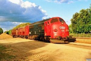 DSB MX 1025+EA 6001+BHL 401 som M 8322 Od-Hp. Holmstrup 05.08.1990.