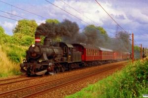 DSB D 826 med M 8151 Od-Fa. Tommerup 18.07.1993.