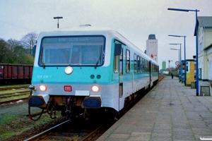 DB 628 208-1+928 208-8 som Tog 4874. Bad Segeberg 31.03.1990.